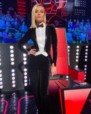Polina-Gagarina-Poedinki-Golos-8-29-october.jpg